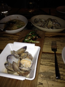 Wonderful clams in coconut broth