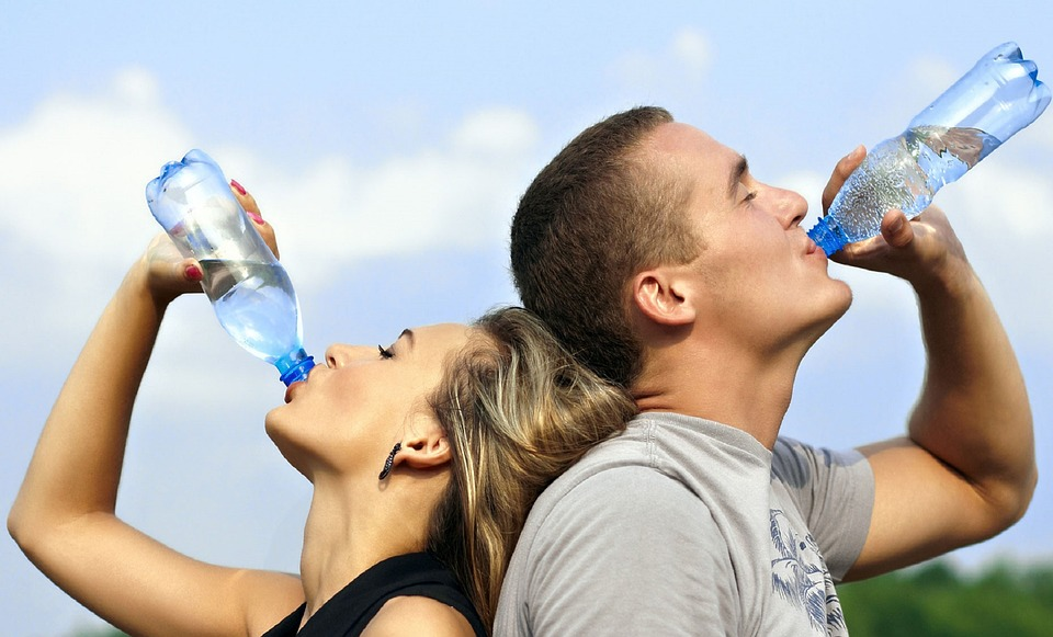 Water: The Miracle Substance That We Should All Be Drinking More Of!